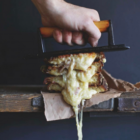 This New Cheese Restaurant in London is Unbrie-lievable